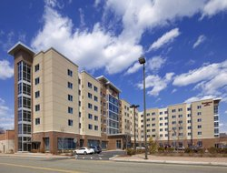 Secaucus hotels for families with children