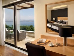 The most popular Loutraki hotels