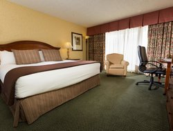 Pets-friendly hotels in Redding