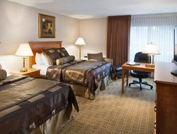 Top-10 hotels in the center of Bismarck