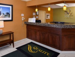 Joliet hotels for families with children