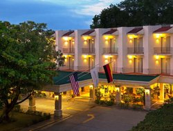 Villahermosa hotels with swimming pool