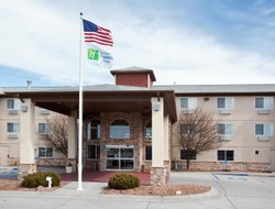 Scottsbluff hotels with restaurants