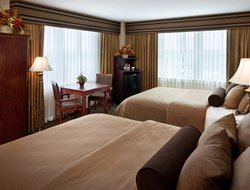 Top-9 hotels in the center of Traverse City