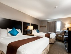 Coralville hotels with restaurants