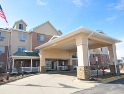 Elk Grove Village hotels with swimming pool
