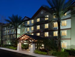 Top-10 hotels in the center of Plantation