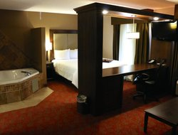 Scottsbluff hotels for families with children