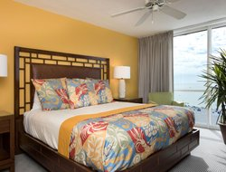 Fort Myers Beach hotels with swimming pool