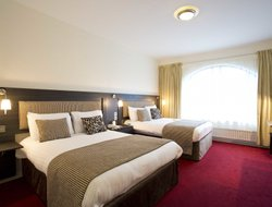 Top-4 hotels in the center of Derry