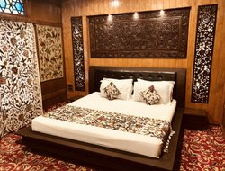 The most expensive Srinagar hotels