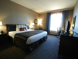 Bismarck hotels for families with children