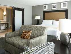 Business hotels in East Peoria