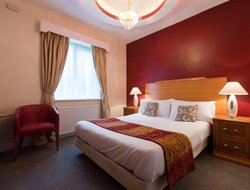 Top-8 hotels in the center of Peterborough