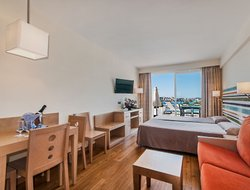 Palma Nova hotels with sea view