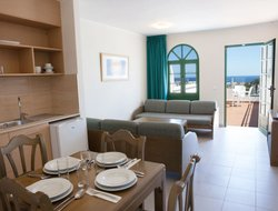 Puerto del Carmen hotels for families with children