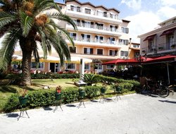Lefkada Town hotels with restaurants