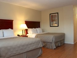Lompoc hotels with restaurants