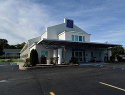 Pets-friendly hotels in Tewksbury