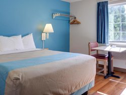 Pets-friendly hotels in The Dalles