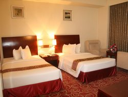 Dhaka hotels with restaurants