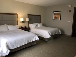 Knoxville hotels for families with children