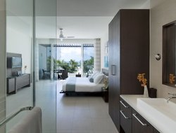 Business hotels in Turks And Caicos Islands