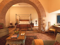 Cusco hotels with restaurants