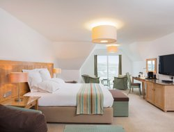 Top-4 hotels in the center of Bude