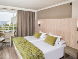 Sant Llorenc des Cardassar hotels with sea view