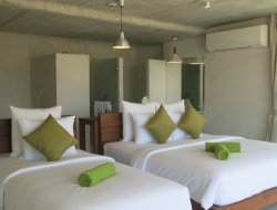 Kathu hotels with sea view