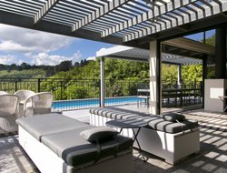 New Zealand hotels with swimming pool
