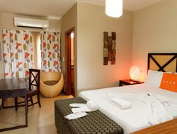 Angola hotels with restaurants