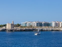 Ciutadella hotels with sea view
