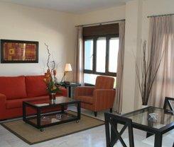 Sevilha: CityBreak no Apartamentos Luxsevilla Palacio desde 57€