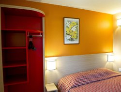 Pets-friendly hotels in La Chapelle-Saint-Mesmin