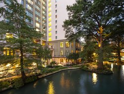 San Antonio hotels with river view