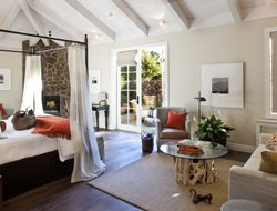 Pets-friendly hotels in Yountville