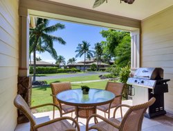 Waikoloa hotels with swimming pool