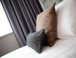 Top-3 romantic Wolverhampton hotels