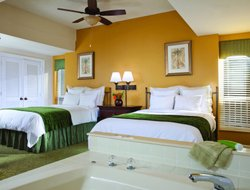 Hilton Head Island hotels with swimming pool