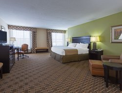 Statesboro hotels for families with children
