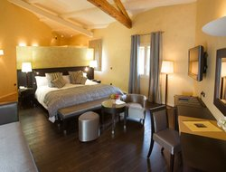 The most popular Valence hotels