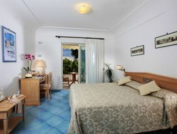 Top-8 romantic Anacapri hotels