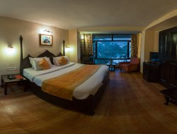 Nainital hotels for families with children