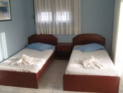 Pets-friendly hotels in Nikiti
