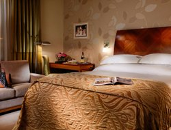 Enniskillen hotels with restaurants