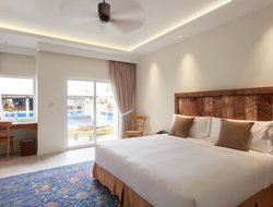 Koror Island hotels with sea view