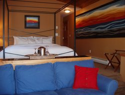 Ucluelet hotels with sea view