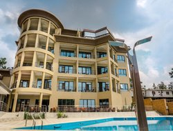 Rwanda hotels with swimming pool